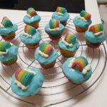 mini cupcakes arc en ciel
