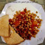 Pois chiches rôtis, yaourt grec et pita